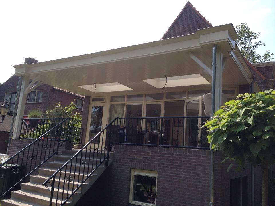 Burgmeijer 39 s bouwbedrijf veranda grootebroek - Veranda met dakraam ...